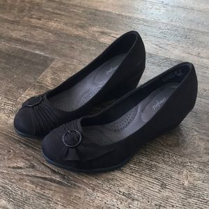Women's Black Dress Shoe Wedge
